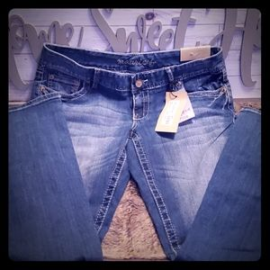 NWT MAURICES JEANS